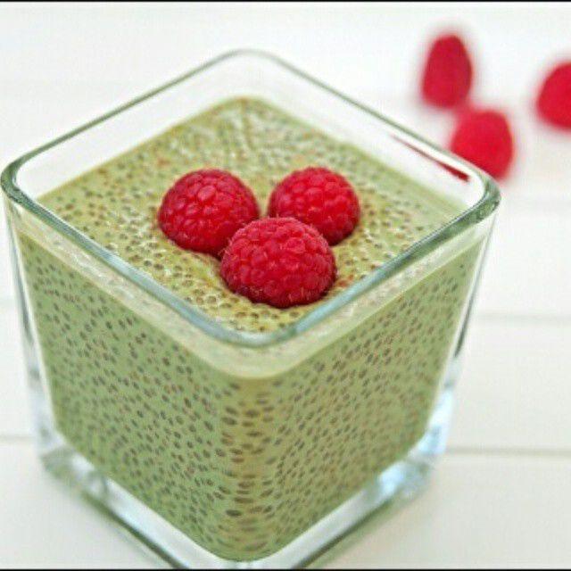 Yeşil Çaylı Chia Pudingi