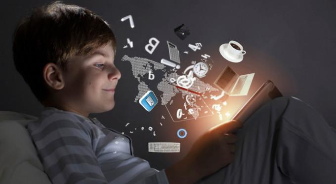 iletisim-uzmani-yalman-hepimiz-birer-dijital-obez-adayiyiz